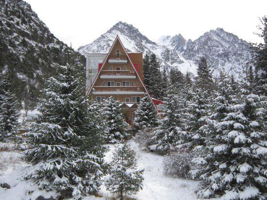 Ala-Archa Gorge Snowfall