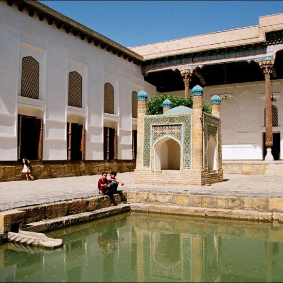 Bakhautdin Naqsband Mausoleum Pond