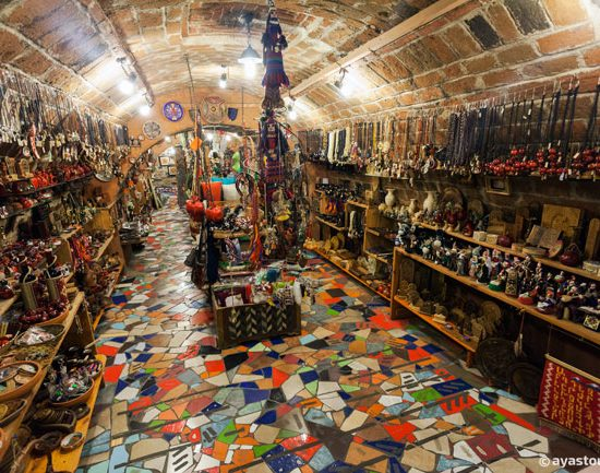 Dalan Art Gallery Inside