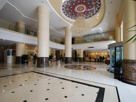 Hotel Miran International Gallary View