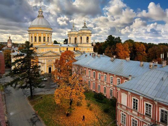 Holy Trinity Alexander Nevskiy Lavra full View
