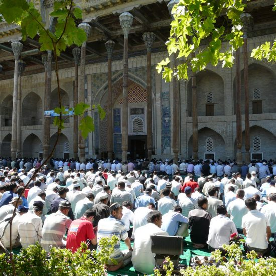 Moschea Bolo-khauz Inside