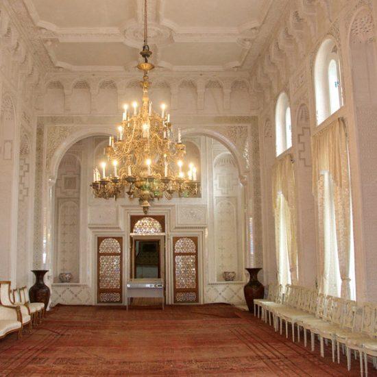 Palace of Moon-like Stars Inside Interiors
