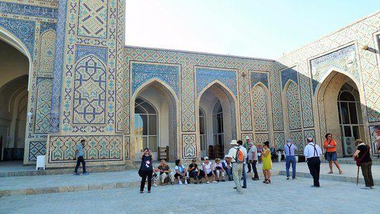 Poi Kalyan Mosque Tourist