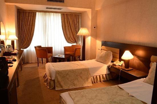 Le Grande Plaza Room - 2 Bad