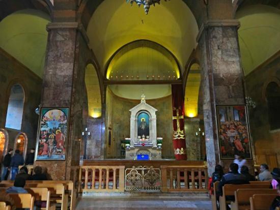 Saint Sarkis Cathedral Inside