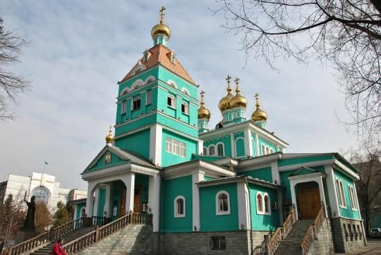 St. Nicholas Cathedral front