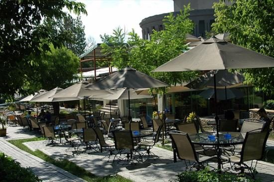 Swan Lake Cafe