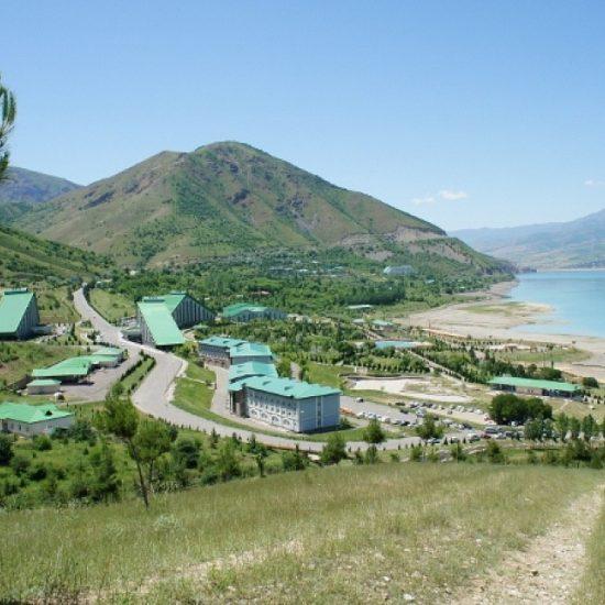 Hotel Pyramid Tashkent - Lake View