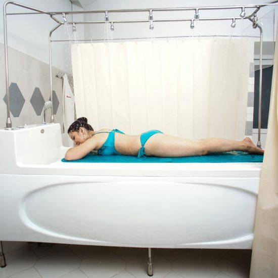 Arasan Spa Bathing Girl