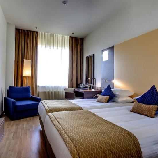 Bedroom - Hotel Ramada Kiev