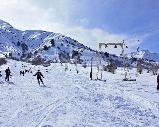 Chimgan Skiing