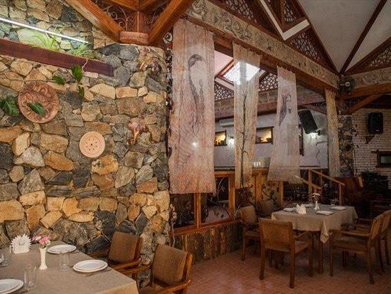 Paltan Restaurant Sitting