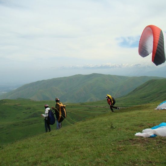 Ush-Konyr Paragliding