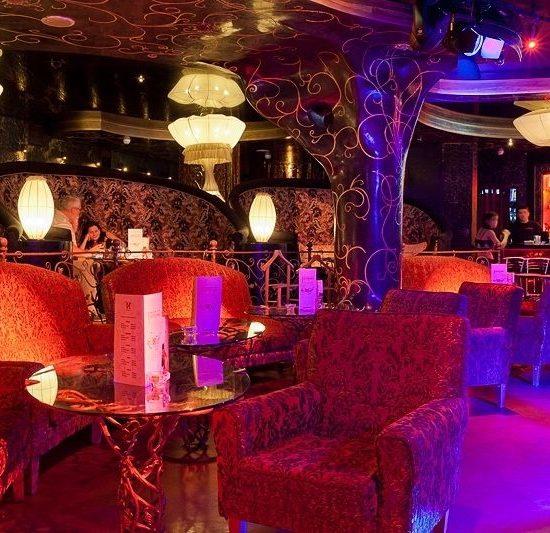 Club Sitting