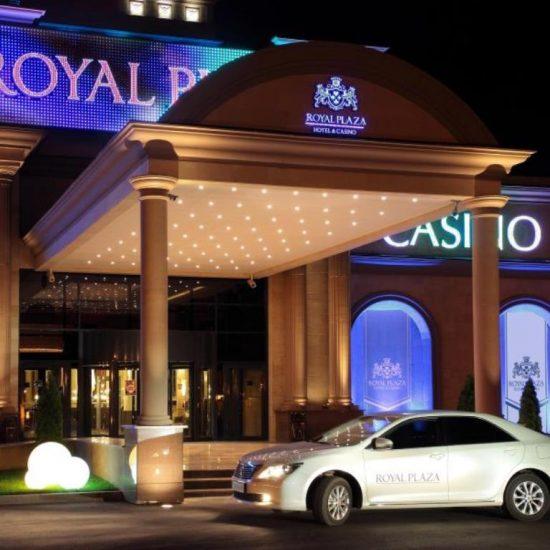 Royal Plaza Casino front