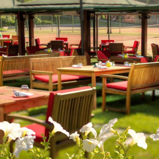 Tennis Bar & Restaurant