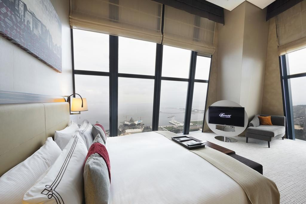Double Standard - Guestroom